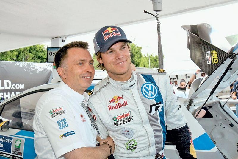 Директор VW Motorsport Йост Капито и Андреас Миккельсен